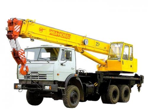 Автокран грузоподъёмностью 25 тонн с вылетом стрелы 21,7 метра
