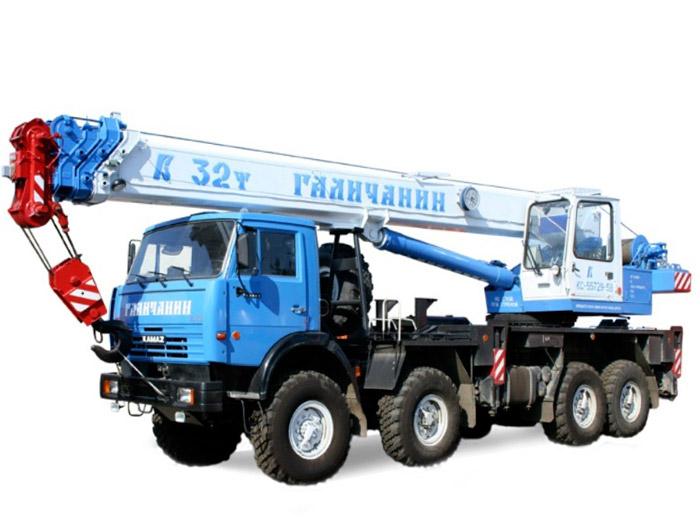 Автокран (вездеход) грузоподъёмностью 32 тонны с вылетом стрелы 31 метр